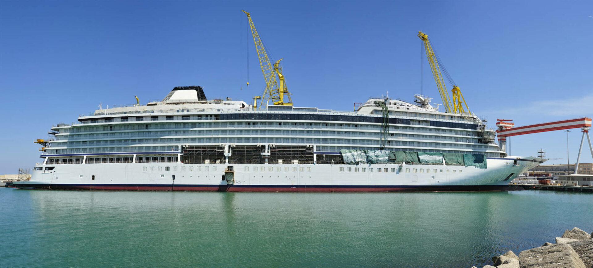 Un bateau de croisière prendra bientôt la mer&#8230;<br /> <strong>SFIL participe</strong>